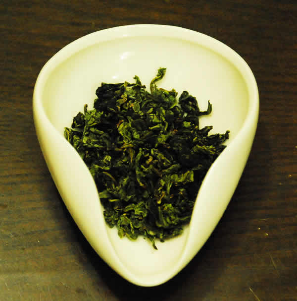 tieguan-yin-dry-leaves-opt